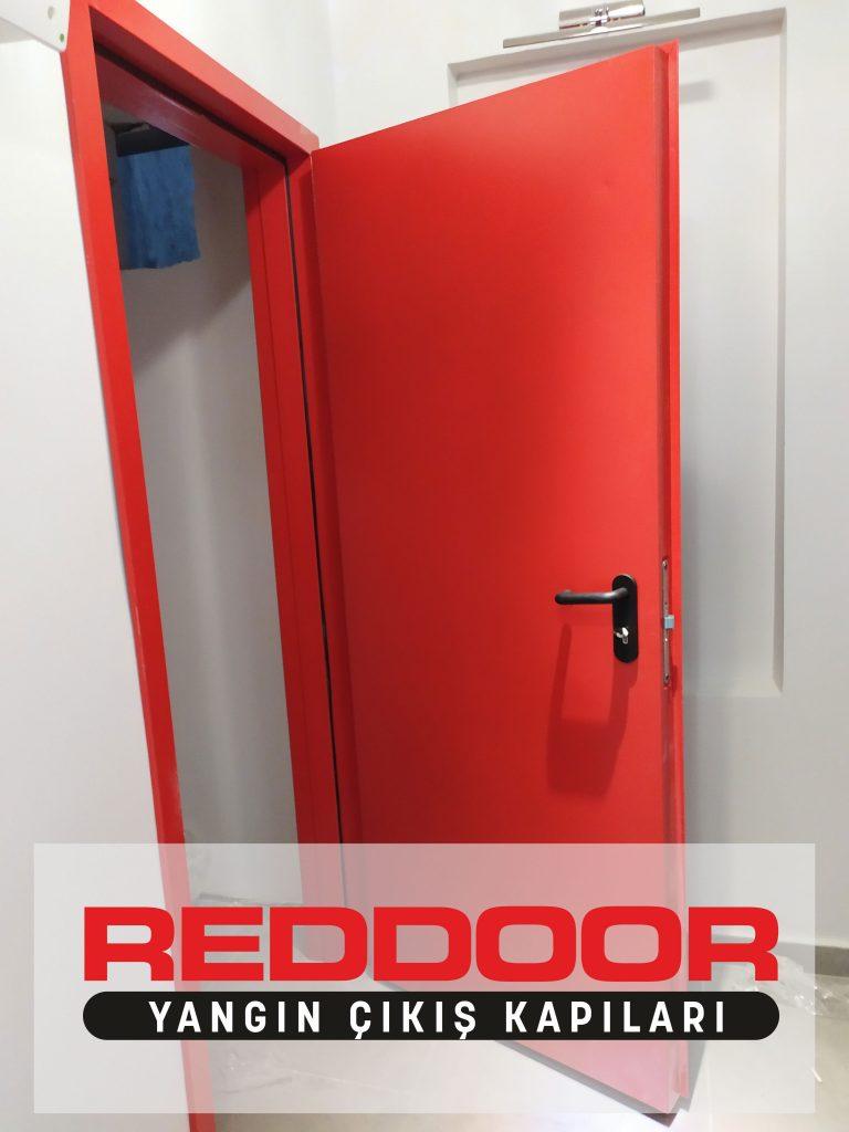 Reddoor Yangın Merdiveni Kapısı